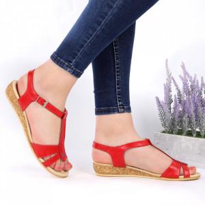 Sandale pentru dame din piele naturală cod 544T Red