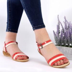 Sandale pentru dame din piele naturală cod 9902 Bej - Sandale pentru dama din piele naturală  Închidere prin baretă  Calapod comod - Deppo.ro