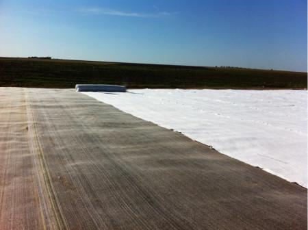 Geotextil 150 g/mp rola 2x100 m