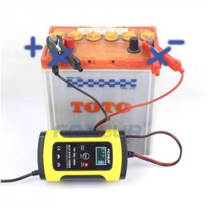 Redresor FOXSUR ORIGINAL smart pentru baterii auto/moto, 12V 5A, cu afisaj electronic si functie Repair