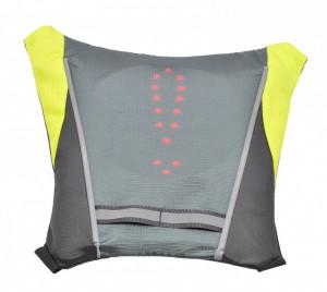 Vesta ciclism reflectorizanta, cu semnalizare LED prin telecomanda a directiei de mers si a franei
