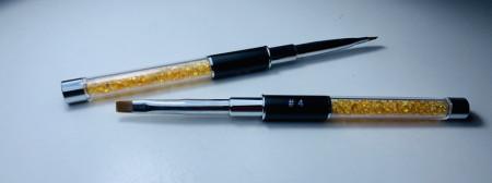 Pensula cu varf drept NR 4 cu cristale yellow