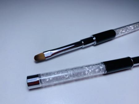 Pensula limba de pisica NR 6 cu cristale cu maner negru