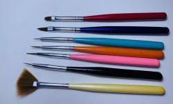 Pensule pentru unghii set 7 colorate