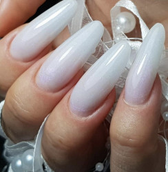 Jelly Pearl White Glitter Gel UV 15 ml - Allepaznokcie (alb laptos cu sclipici fin )