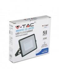 V-TAC LED projektor, fekete test, 30W, Samsung chip