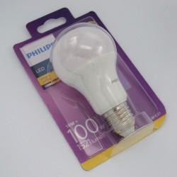 LED izzó 13W A60 E27, Philips, hideg fény