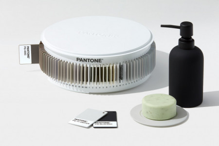 Poze PANTONE Plastics Tints and Tones Collection