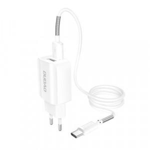 Incărcător telefon/tableta 2x USB 5V / 2.4A + cablu USB tip C alb
