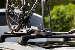 Suport bicicleta THULE FastRide 964 cu prindere pe bare transversale