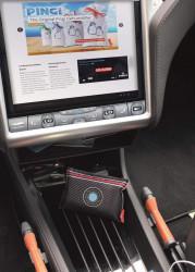 Dezumidificator auto Pingi absoarbe si retine umezeala ca un magnet, tip saculet , 300gr, absorbant umiditate