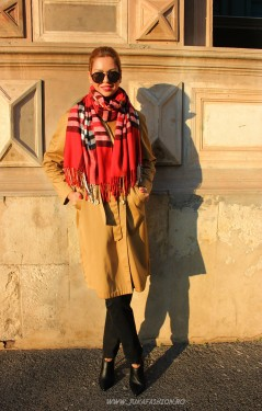 "*Sal Esarfa Pashmina ""British"" Red Edition by jukafashion.ro cod PRM4"