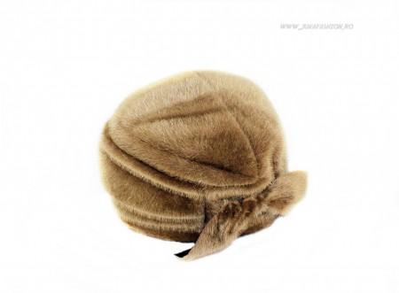 caciula blana artificiala femei