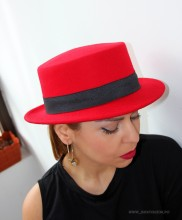 """Palarie Dama """"Hipster"""" Red Edition by JukaFashion.ro (2018)"""