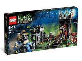 Set 9466 - Monster Fighters: The Crazy Scientist&His Monster- Nieuw