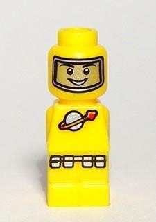 85863pb012 Maancommand geel NIEUW loc
