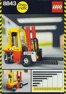 Set 8843 BOUWBESCHRIJVING- Fork Lift truck gebruikt loc lOC M7
