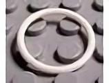 x71-1G Rubber bandje (2 noppen diameter) wit gebruikt *0W000