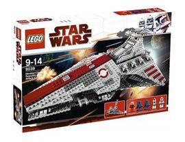 Set 8039 - Star Wars: Venator-Class Republic Attack Cruiser- Nieuw