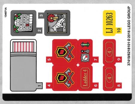 10263stk01 STICKER 10263 Winter Village Fire Station NIEUW loc
