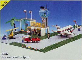 INS6396-G 6396 BOUWBESCHRIJVING- Interenational Airport vouwen bij binding gebruikt *LOC M2