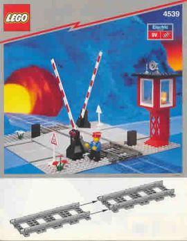 Set 4539 BOUWBESCHRIJVING- Manual Level Crossing Treinen Auto gebruikt loc LOC M1