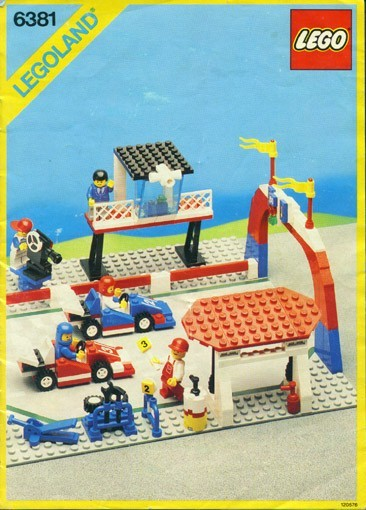 Set 6381 BOUWBESCHRIJVING- Motor Speedway gebruikt loc LOC M2