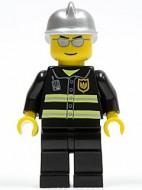 cty0047G Brandweerman- veiligheidsstrepen, zilveren helm, zonnebril gebruikt loc