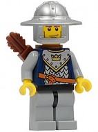 cas347G Fantasy Era- Knecht met kroon op harnas, ronde helm, pijlenkoker gebruikt loc