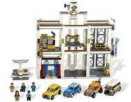 Set 4207-G - Town: City Garage- gebruikt