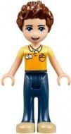 Friends- Daniel, donkerblauwe broek, oranje en helderlichtoranje polo shirt