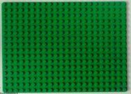 210-6G Basisplaat 16x22 (geen nopgaten onder) groen gebruikt *3K000