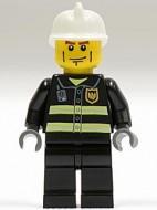 cty0020G Brandweerman- Witte brandweerhelm, strepen op wang, zwart pak met reflectiestrepen, zwarte broek, donkerblauwgrijze handen gebruikt loc