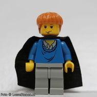 hp034G Ron Weasley, blauw Sweater Torso, Light Gray benen, Black Cape met Stars gebruikt loc