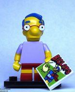 colsim-9 Milhouse Van Houten met 'Biclops' tege en standaard NIEUW loc