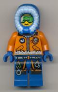 cty493 Arctic: Onderzoeker, man met groene bril NIEUW loc