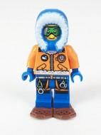 cty497 Arctic: Onderzoeker, vrouw groene bril sneeuwschoenen NIEUW loc