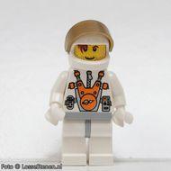 mm008 Plain witte Torso met witte armen, Black benen, bruine Male Hair gebruikt loc