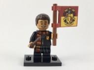 colhp-8 HP Dean Thomas met Gryffindor vlag NIEUW loc