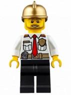 cty0350G Brandweercommandant, wit shirt met logo, gouden brandweerhelm gebruikt loc