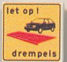 CUSE8196 Tegel MET CLIP Parkeerdrempel *0A000