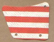 sailbb24-1G Zeil 9x11,3 Gaten en rode strepen wit gebruikt *5D000