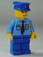 cop054G POLITIE Blauwe platte pet, middenblauw overhemd met logo,. Blauwe broek gebruikt loc
