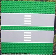 30225c01pb01-6 Vliegveldplaat 32x32 met dubbele weg en zebra Groen NIEUW loc