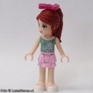 frnd061 Friends- Mia, helderroze skirt, olijfgroene top NIEUW loc