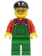 cty0245G Boer, zwarte pet, groene overall op rood hemd, bril gebruikt *0M0000