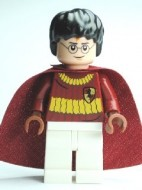 hp110 Harry Potter, donkerrood uniform en cape NIEUW loc