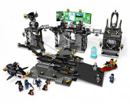 Set 7783 The Batcave: The Penguin and Mr. Freeze's Invasion NIEUW