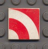 3068bp67-1G Tegel 2x2 Kwart rode circels wit gebruikt *0D008