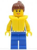 cty0249G Vrouw met bruine paardenstaart, regenboog shirt, blauwe broek met reddingsvest gebruikt *0M0000